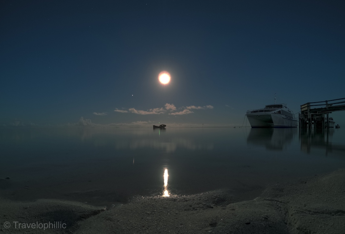 Full moon on Heron Island